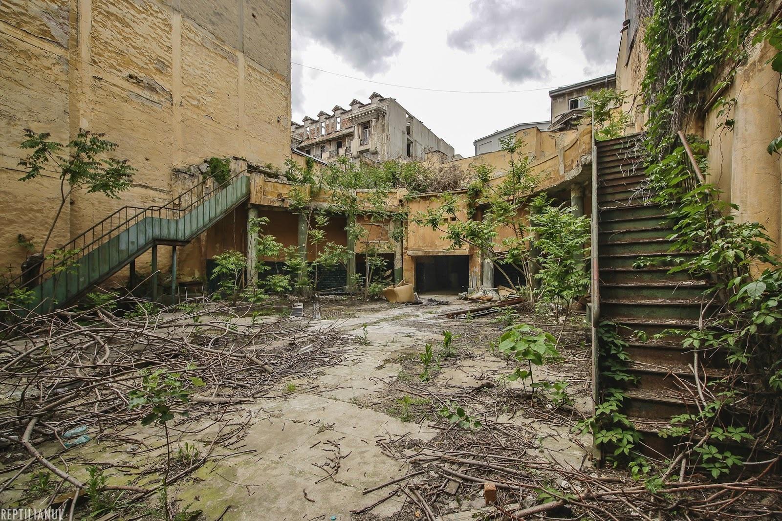 Bucuresti: Cum încearcă de 20 de ani autoritățile să restaureze Grădina de vară Capitol 4