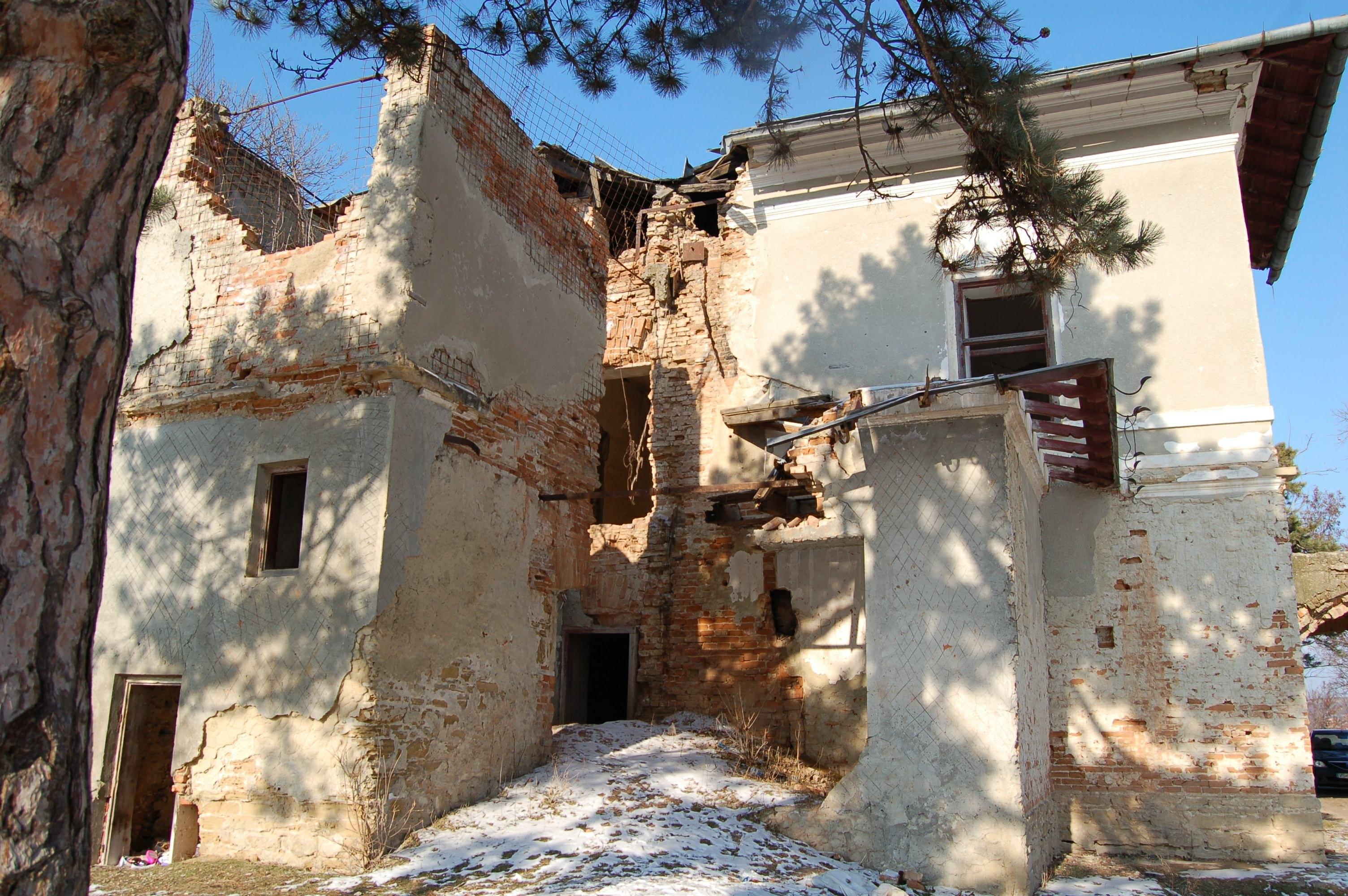 Vaslui: Palatul Elenei Cuza de la Solesti, retrocedat după 14 ani, poate fi restaurat cu banii UE 3