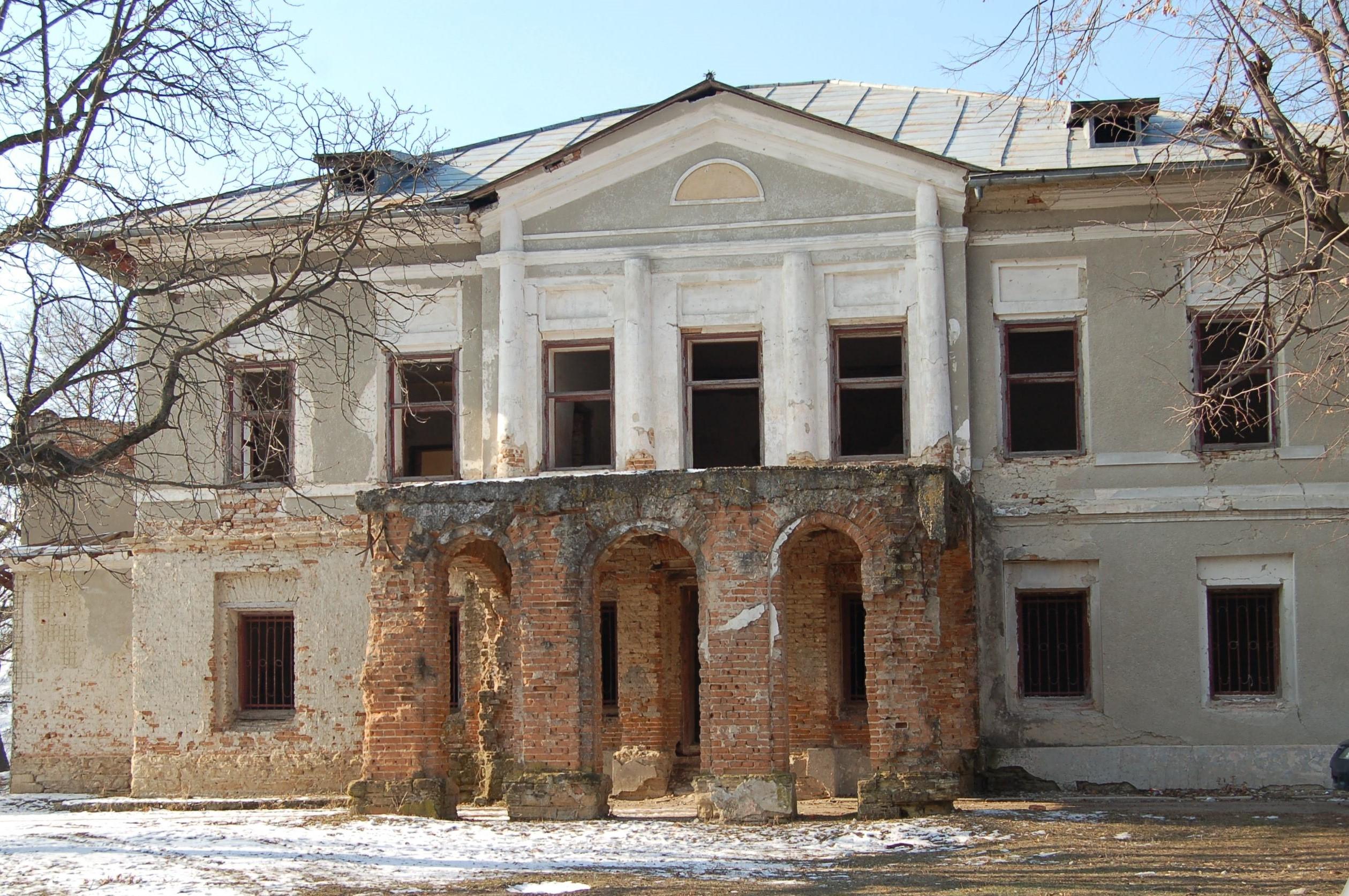 Vaslui: Palatul Elenei Cuza de la Solesti, retrocedat după 14 ani, poate fi restaurat cu banii UE 1