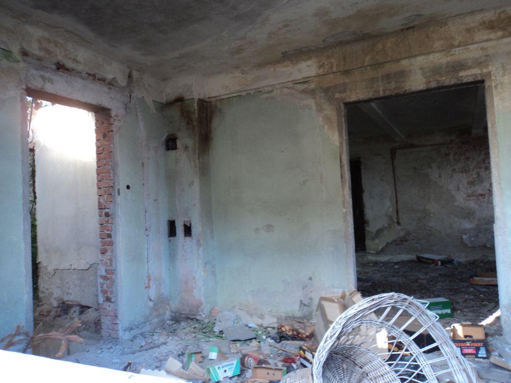 Galaţi: O clădire veche de aproape 100 de ani, scoasă la licitație de ambasada Italiei, după ce a fost lăsată în paragină și este în prag de colaps. Nu s-au găsit cumpărători 3