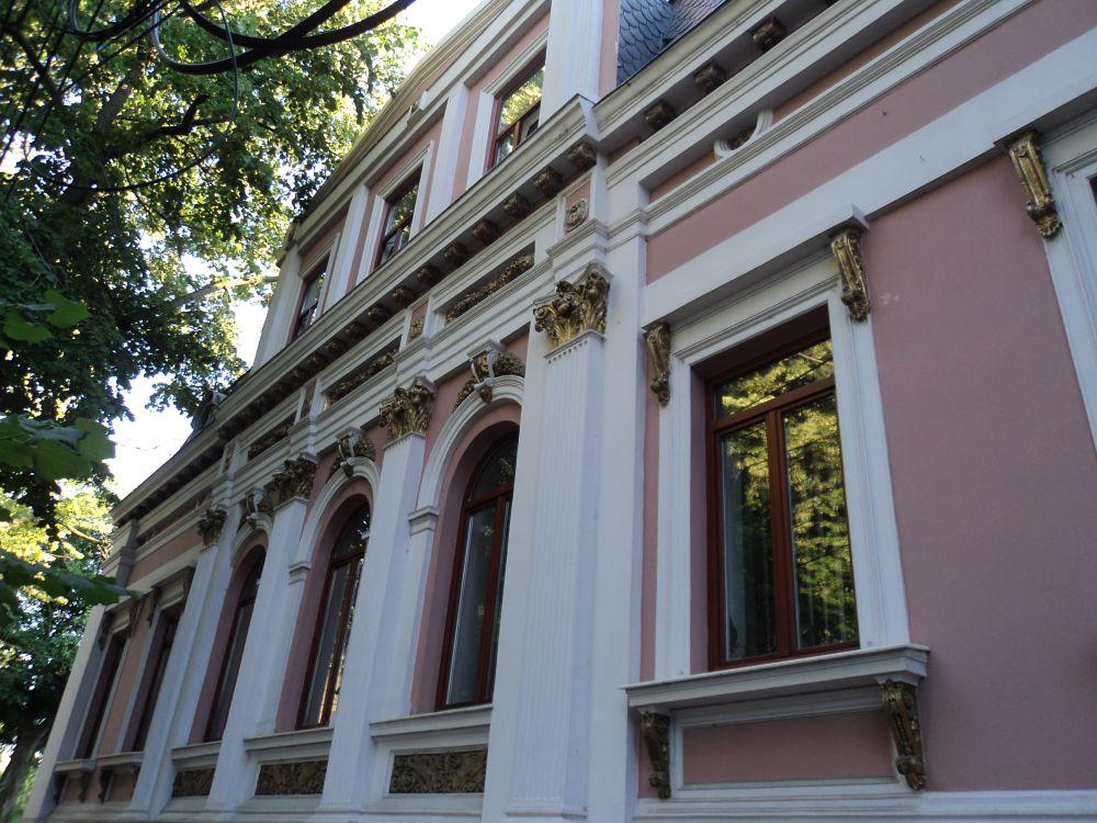 Galaţi: După cinci ani de procese, Casa Gheorghiade, una dintre cele mai frumoase clădiri de pe strada Domnească, rămâne proprietatea oraşului 1