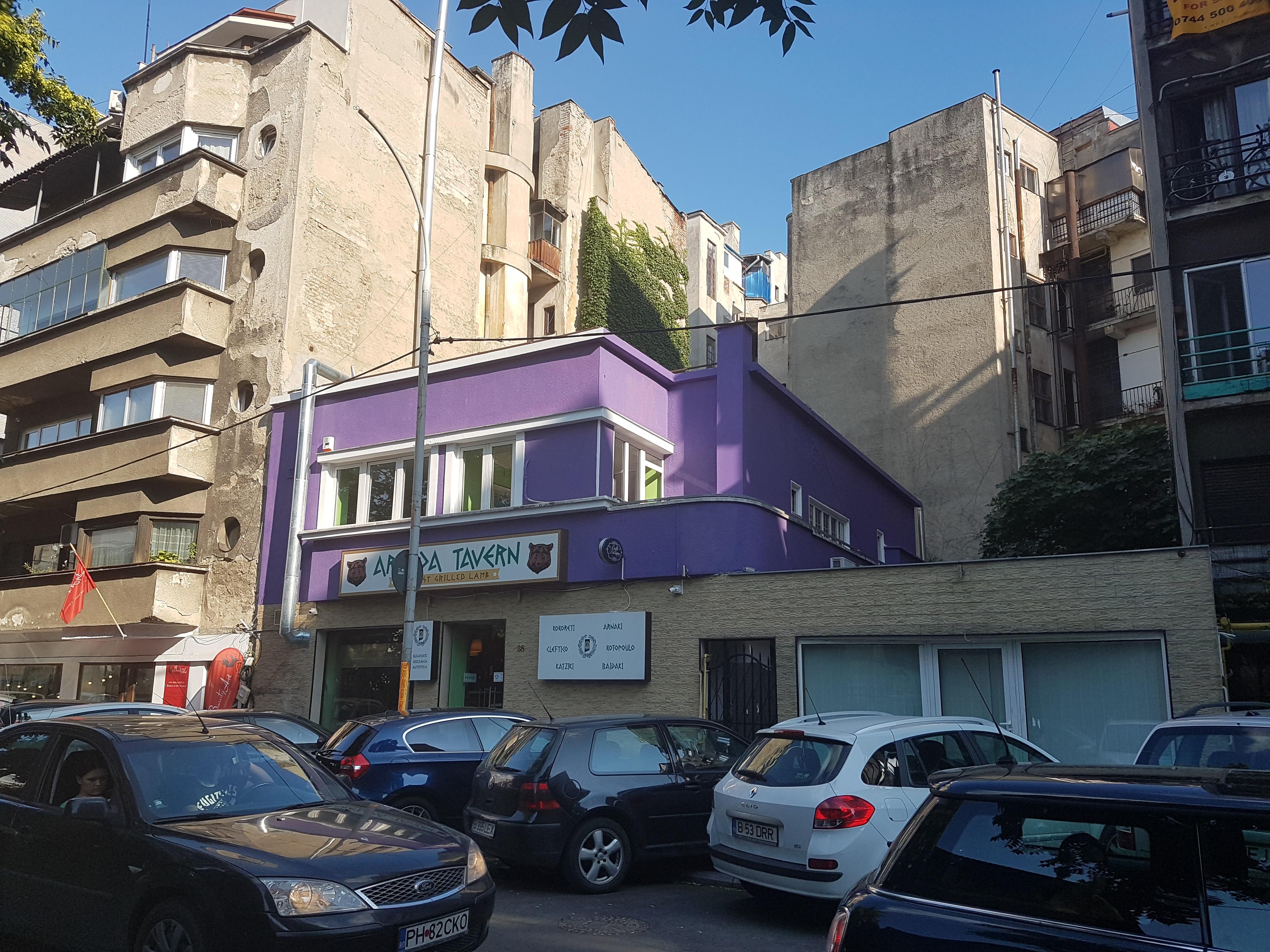 Un bloc cu patru etaje ar putea apărea în zona protejată Mihai Eminescu, vizavi de casa Henrieta Delavrancea, monument istoric. Cum a fost distrusă zona în ultimii 15 ani 4