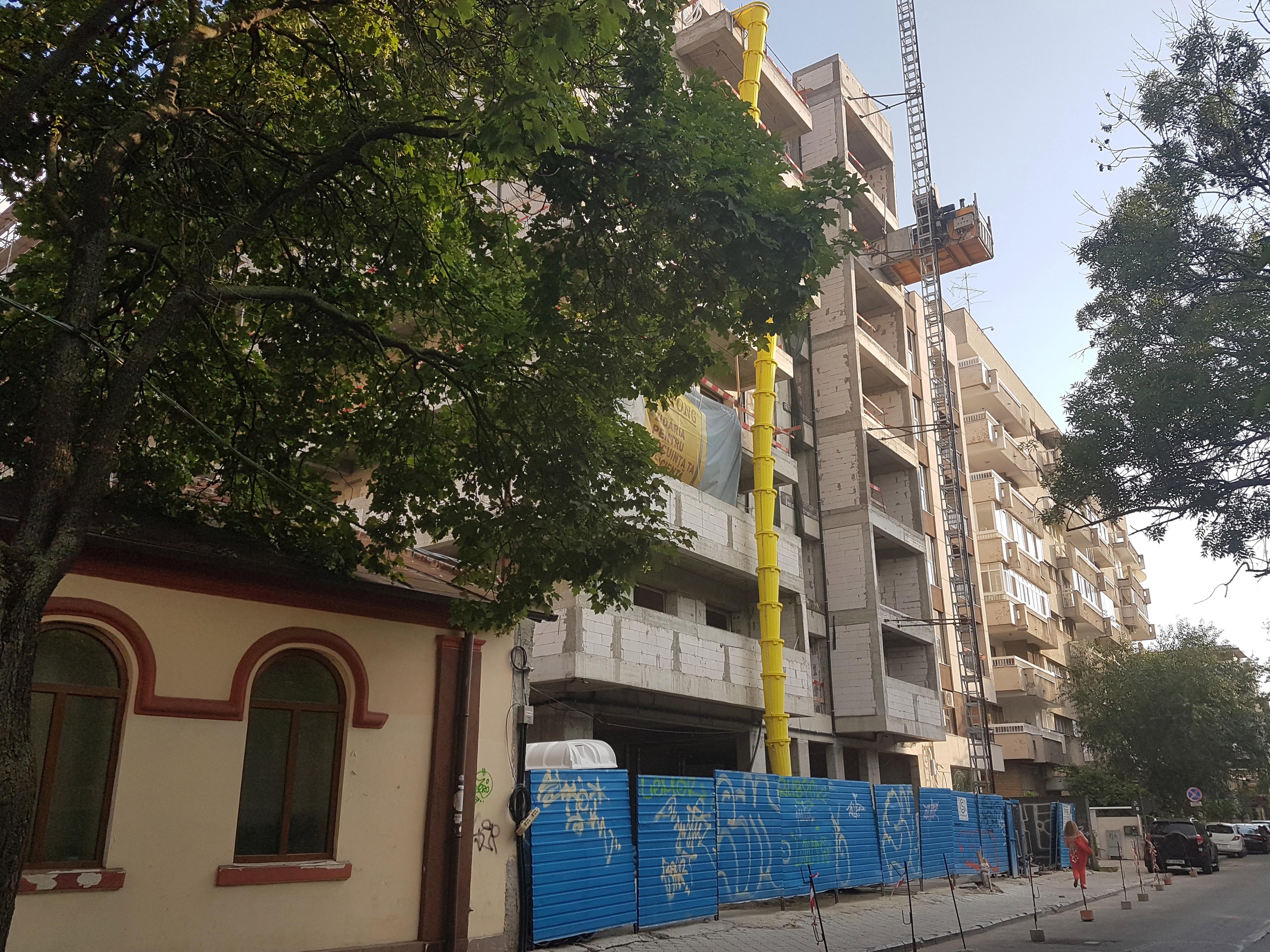 Un bloc cu patru etaje ar putea apărea în zona protejată Mihai Eminescu, vizavi de casa Henrieta Delavrancea, monument istoric. Cum a fost distrusă zona în ultimii 15 ani 15