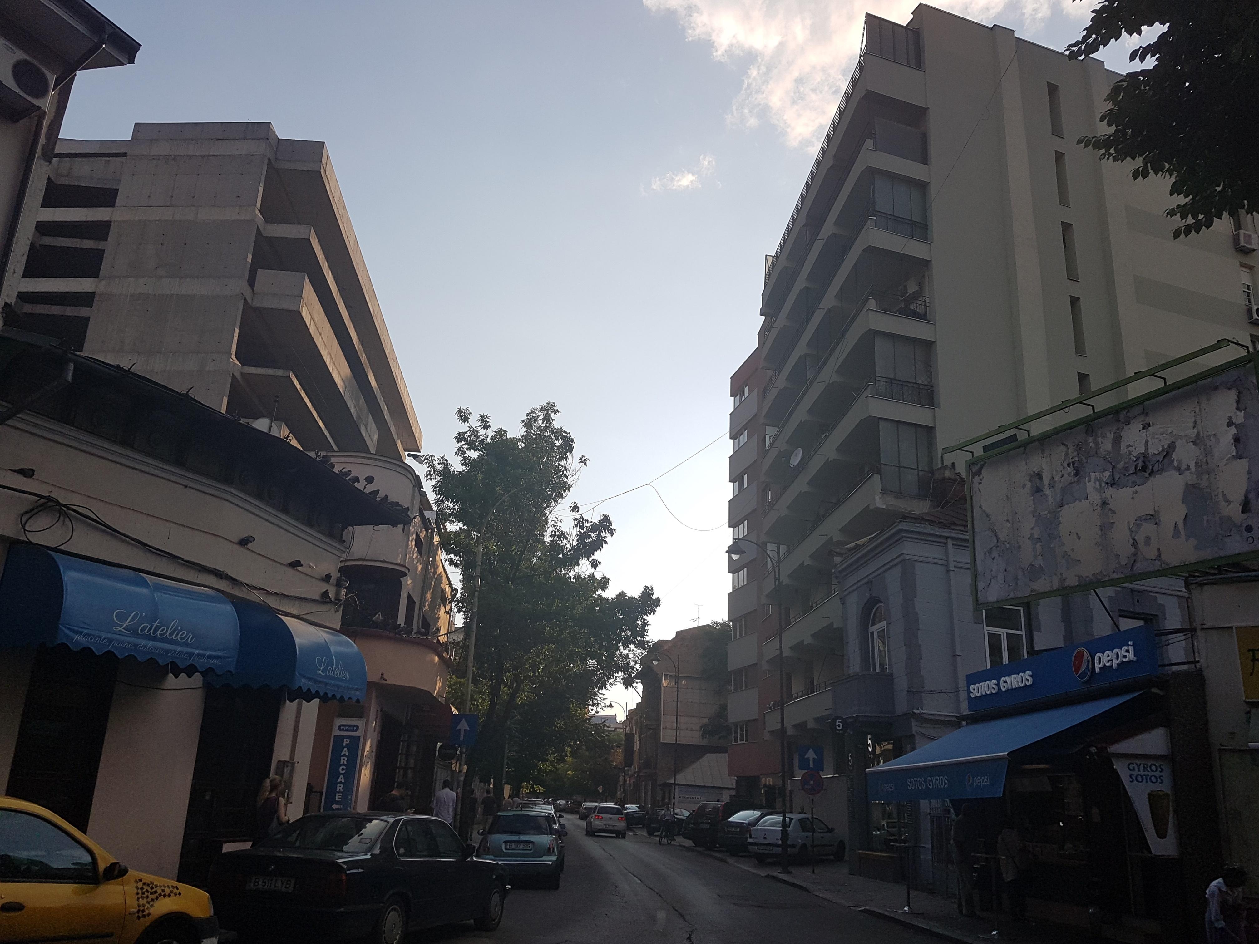 Un bloc cu patru etaje ar putea apărea în zona protejată Mihai Eminescu, vizavi de casa Henrieta Delavrancea, monument istoric. Cum a fost distrusă zona în ultimii 15 ani 20