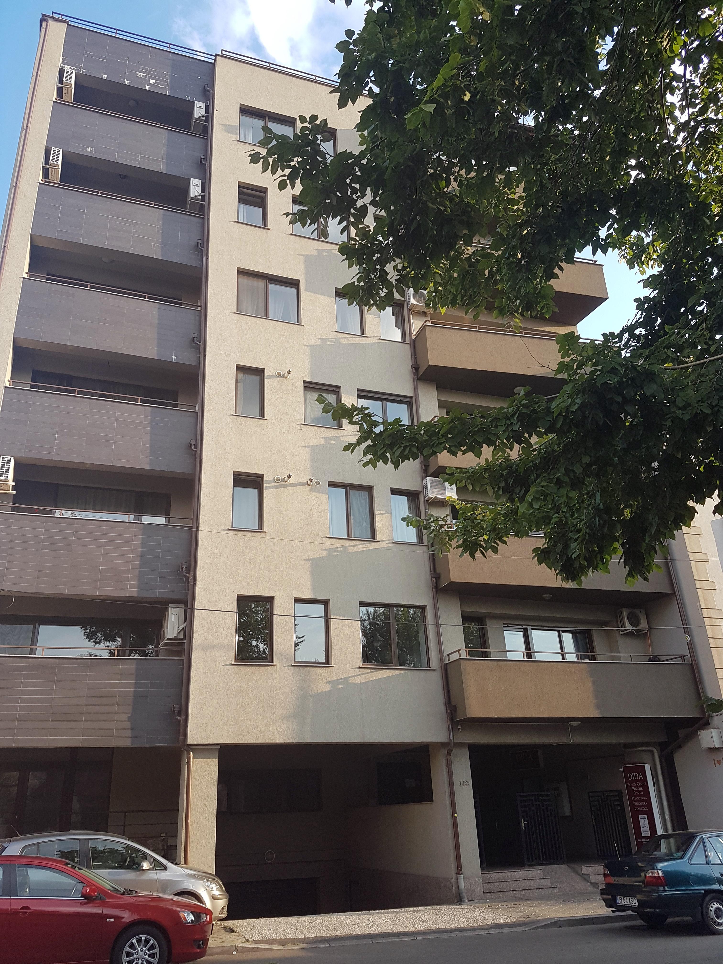 Un bloc cu patru etaje ar putea apărea în zona protejată Mihai Eminescu, vizavi de casa Henrieta Delavrancea, monument istoric. Cum a fost distrusă zona în ultimii 15 ani 23