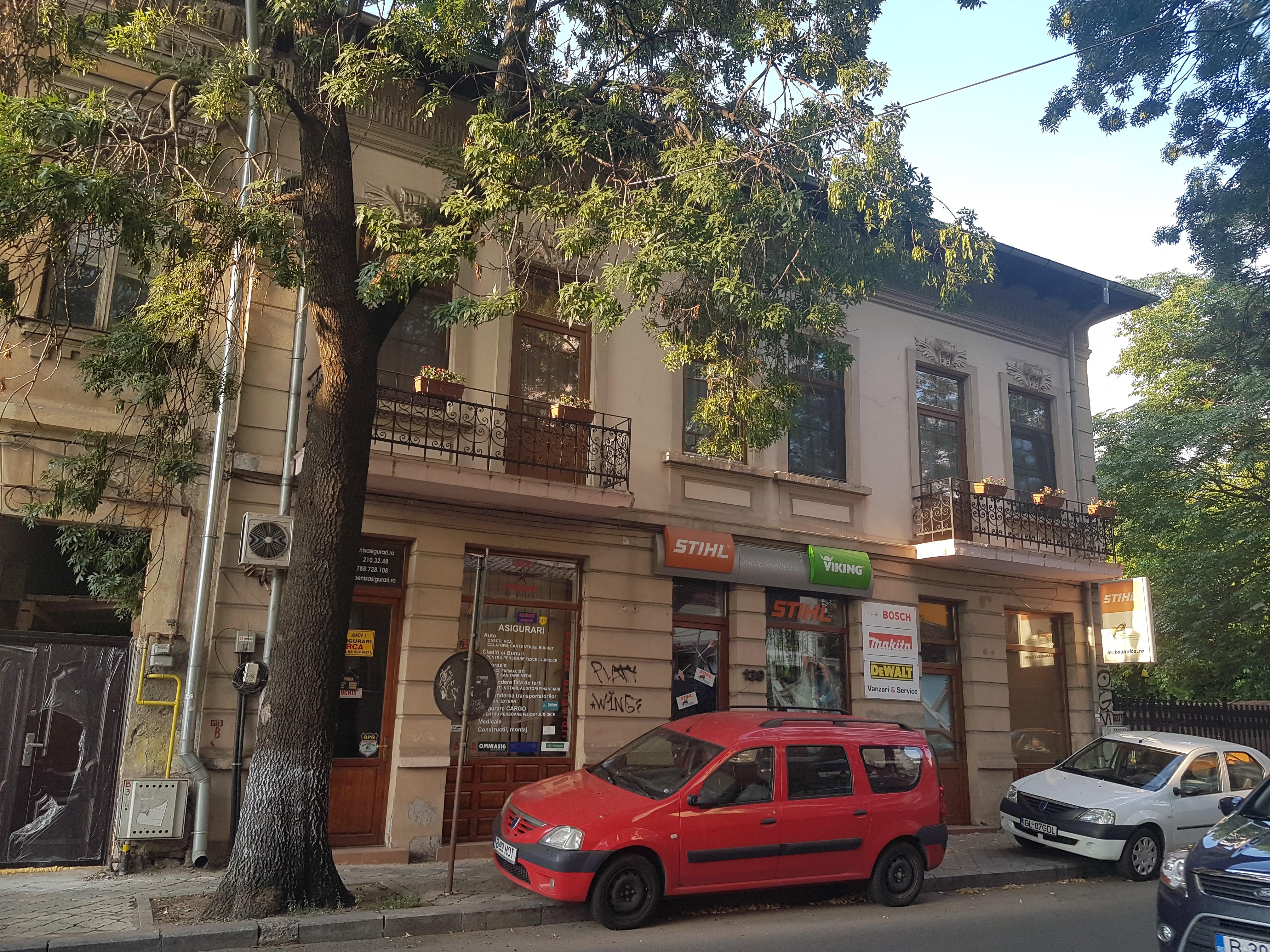 Un bloc cu patru etaje ar putea apărea în zona protejată Mihai Eminescu, vizavi de casa Henrieta Delavrancea, monument istoric. Cum a fost distrusă zona în ultimii 15 ani 32