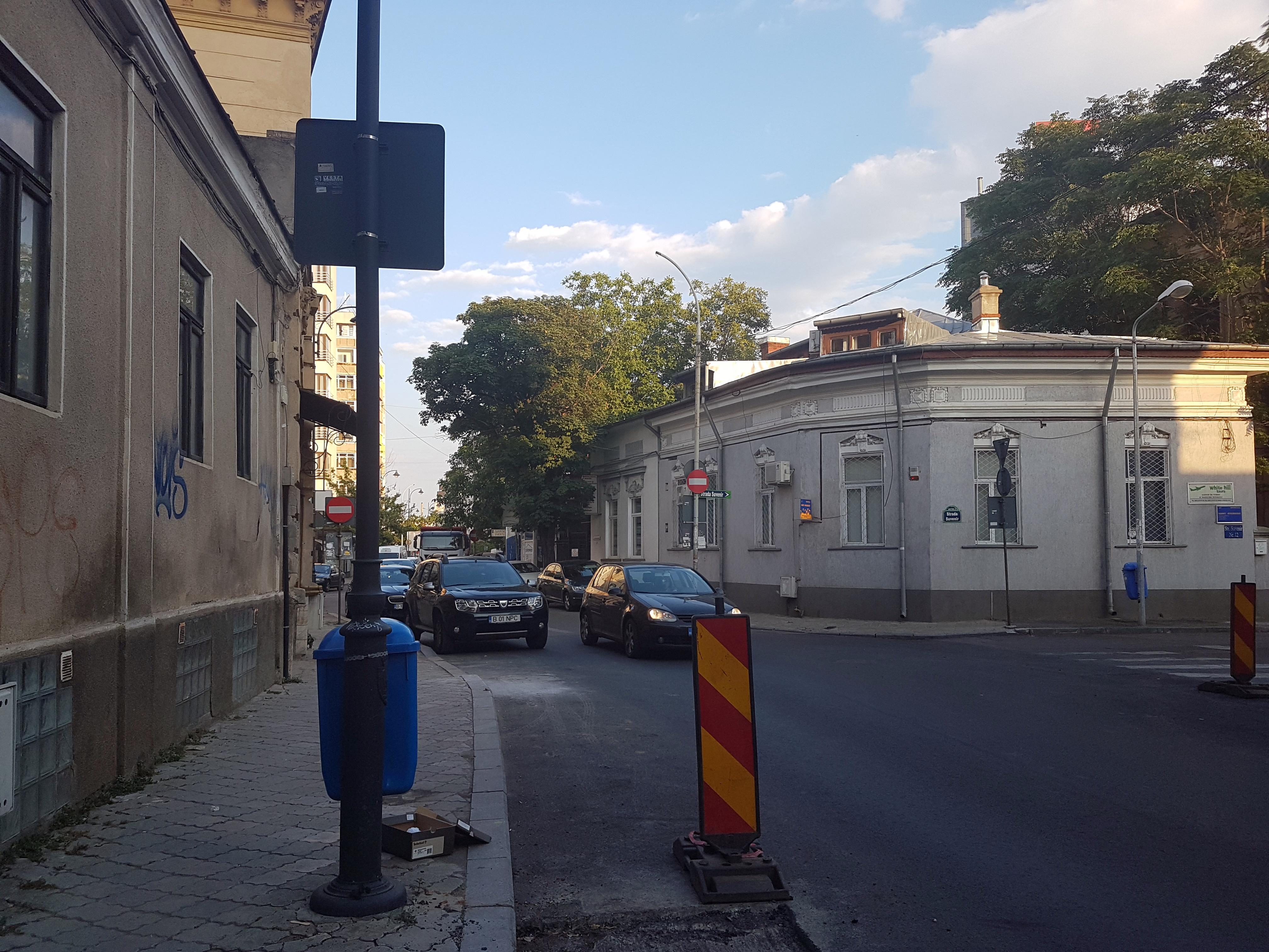 Un bloc cu patru etaje ar putea apărea în zona protejată Mihai Eminescu, vizavi de casa Henrieta Delavrancea, monument istoric. Cum a fost distrusă zona în ultimii 15 ani 42
