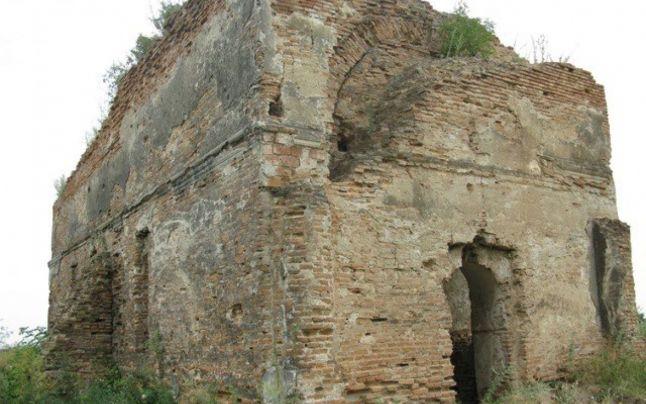 Biserica Cazaclii din Odobești, construită în 1777, riscă să se prăbușească. Primăria nu are un plan de restaurare 2