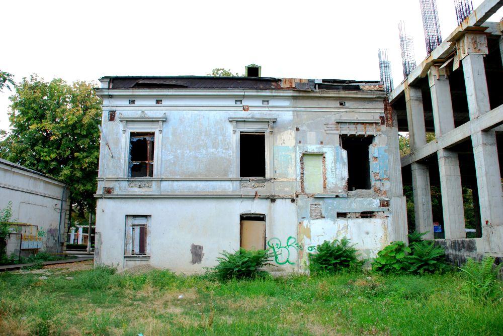 Galaţi: Batjocorită de autorităţi, casa doctorului Serfioti, fost sediu masonic, a renăscut din ruină 6