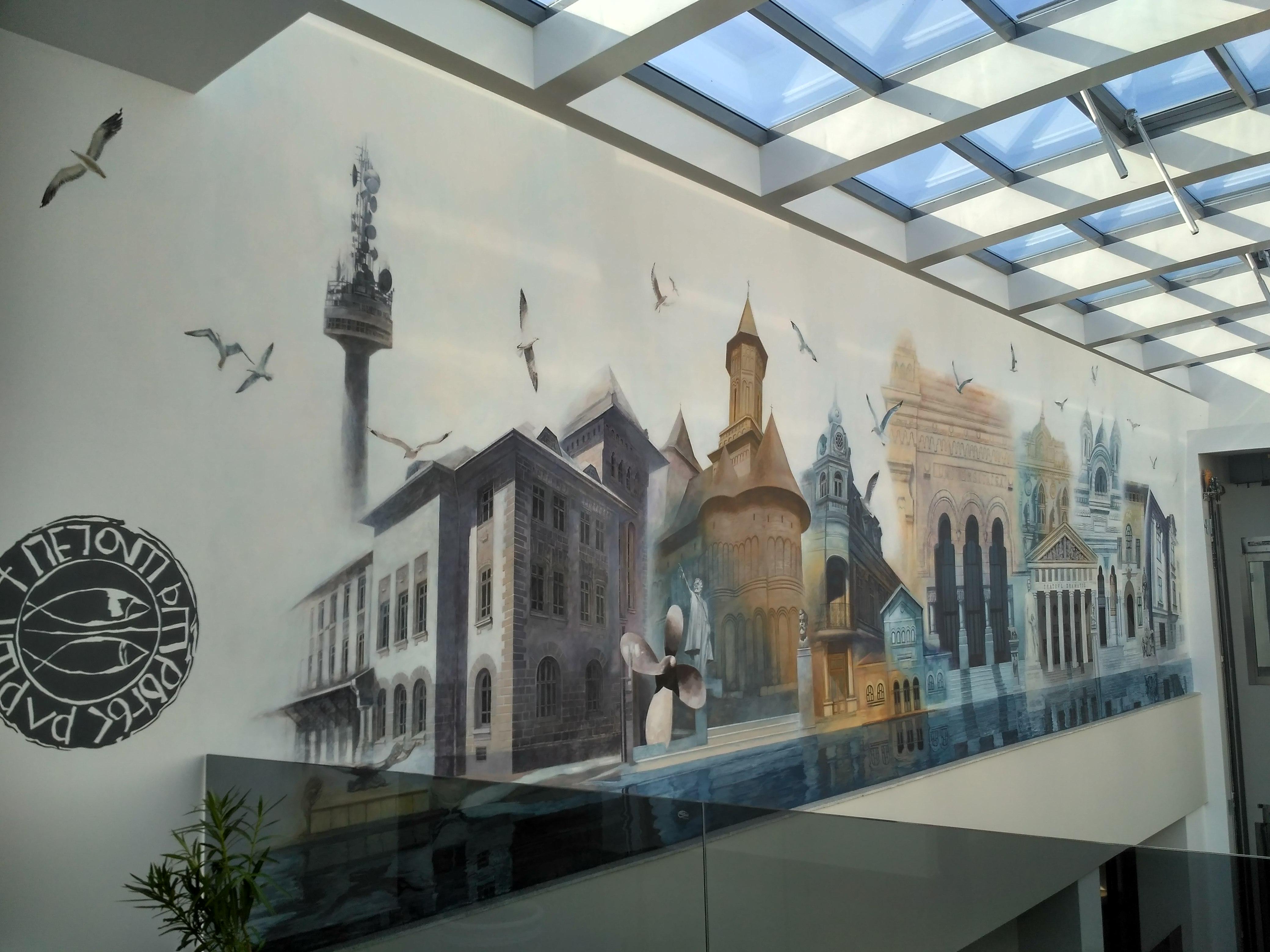 Galaţi: Noua Primărie, un colos din sticlă şi metal ridicat în zona istorică protejată a oraşului, a fost inaugurată 5
