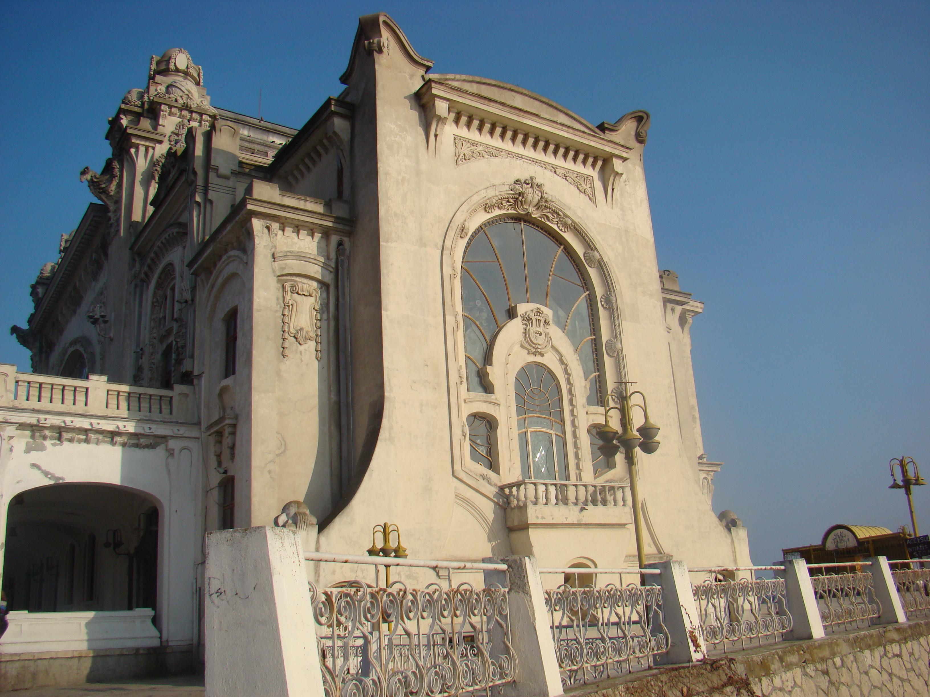 Contestațiile repetate amână salvarea Cazinoului din Constanța deși au fost alocate  10 milioane de euro pentru restaurare 5