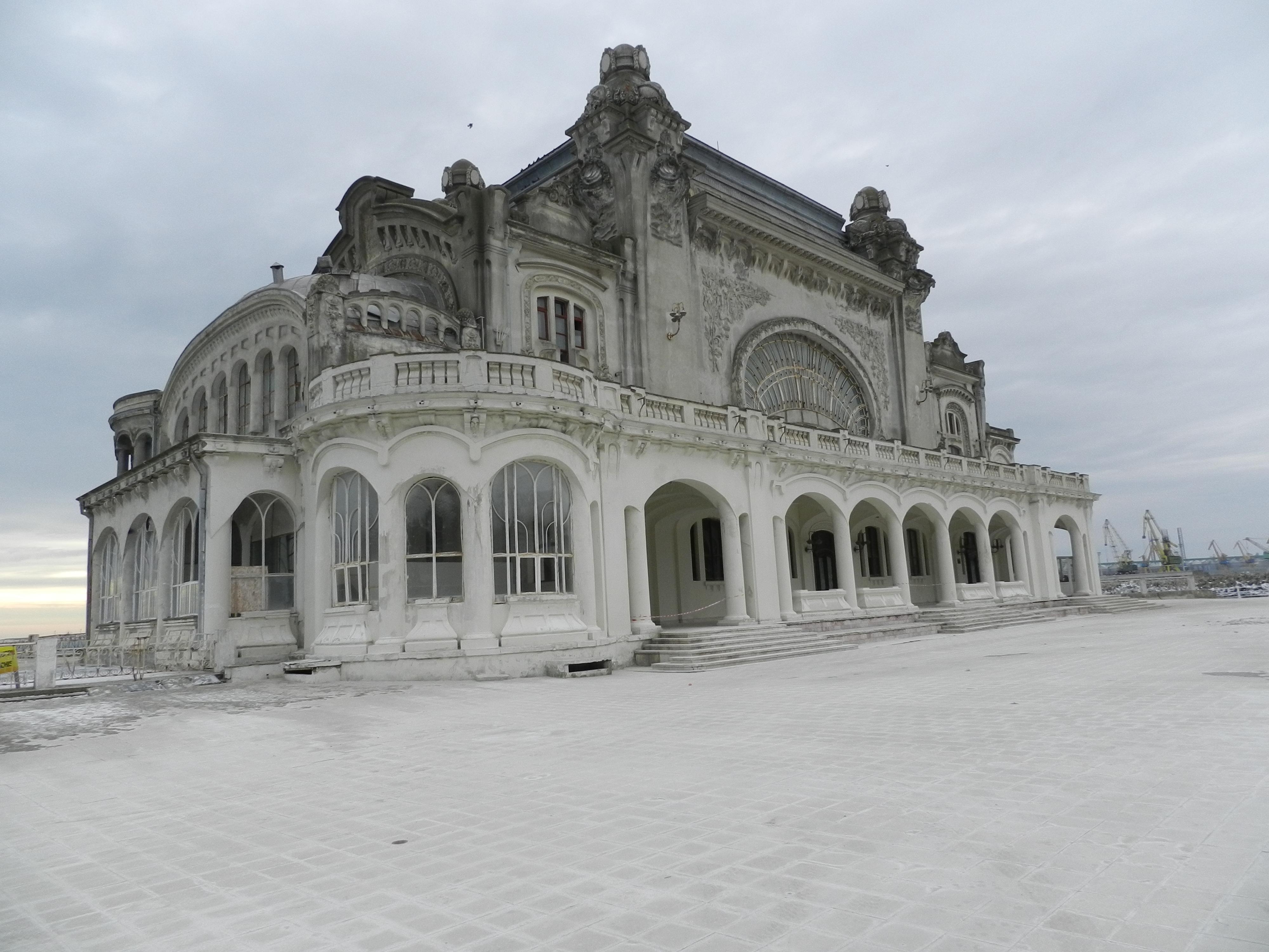 Contestațiile repetate amână salvarea Cazinoului din Constanța deși au fost alocate  10 milioane de euro pentru restaurare 7
